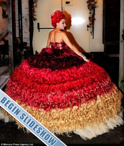Ugly wedding dresses you wont believe people wore source worldlifestyle junglespirit Choice Image