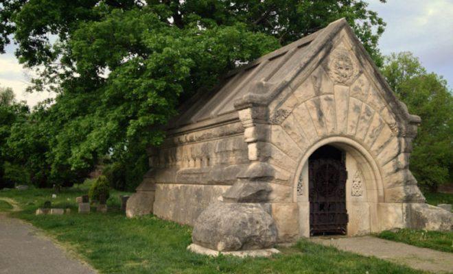 Facebook / Friends Of Eastern Cemetery