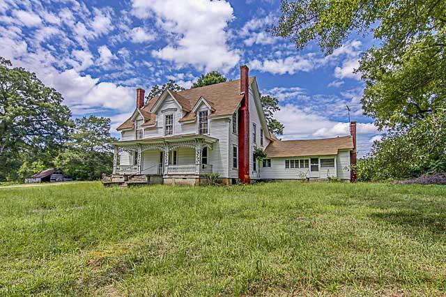 1890s farmhouse