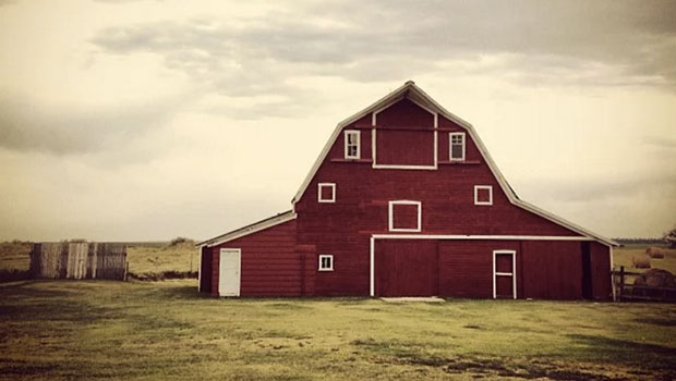 North Dakota beautiful barns