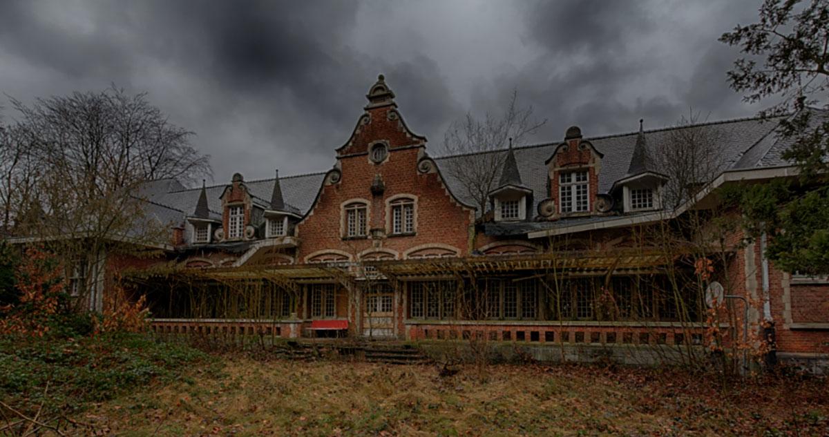Do You Dare Step Inside This Creepy Abandoned Asylum